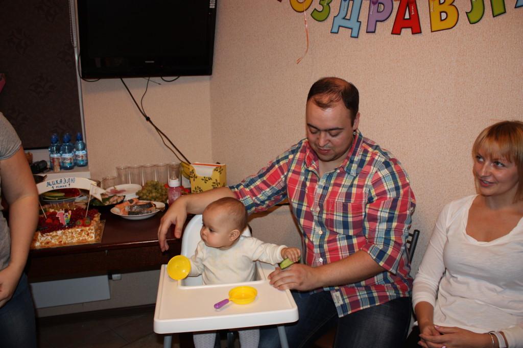 Гости на день рождения Мики: Жора и Вероника